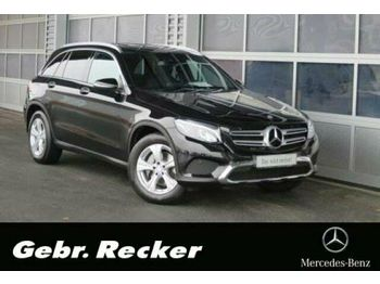 Mercedes-Benz GLC 220 d 4M AMG Int AHK LED-ILS Panorama Kamera  - automobil