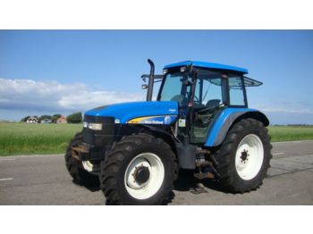 Kolesový traktor NEW HOLLAND TM 140